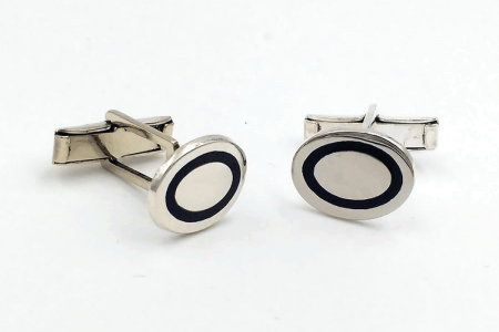 Plain oval cufflinks with...
