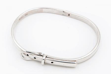 bracelet rigide ceinture fine