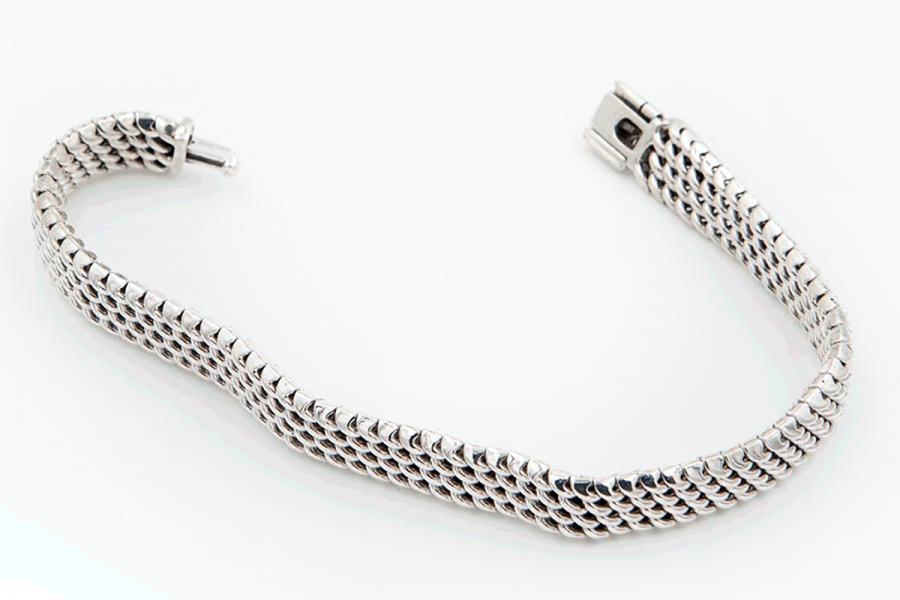 Medium size serpent bracelet