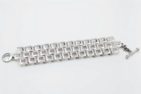 Three-rowed squares bracelet
