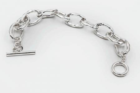 Oval hammered links bracelet