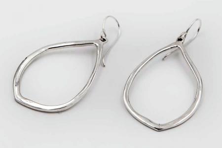 Drop silhouette plain earrings