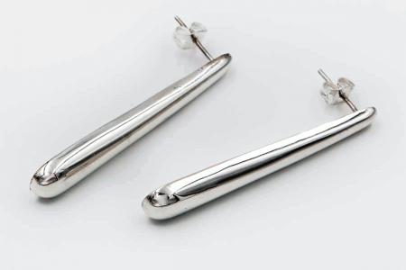 Long drop plain earrings
