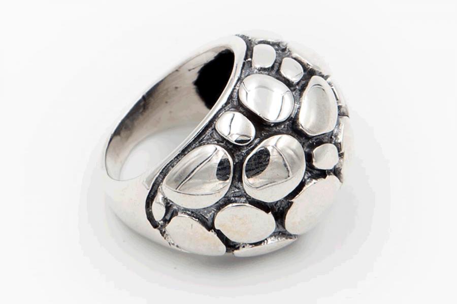 Distressed tortoise ring