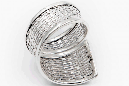 Plain gridded ring