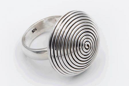 Anillo plata espiral círculo