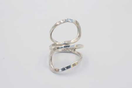 Plain ring (fused waves)