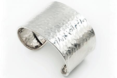 bracelet rigide martelée droit